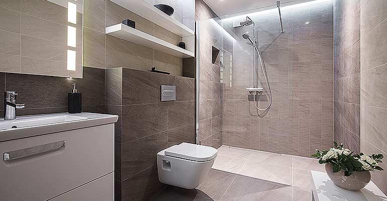 Lansing east lansing bathroom remodeling renovation for Plumbing and bathroom remodeling